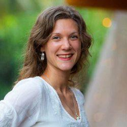 Bilde av Rebecca fra kundeomtale for mentorprogrammet til Sandum.PT